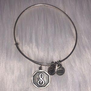 """☆ Alex and Ani """"S"""" Bracelet ☆"""